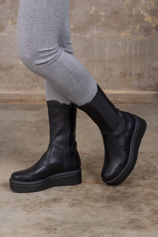 Boots - High shaft - Black