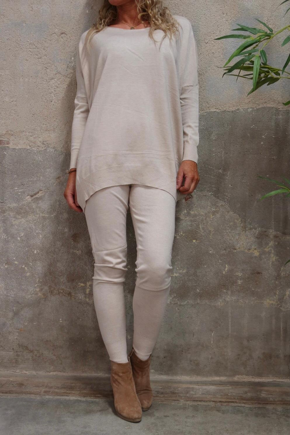 Brittany - Knitted set - Sweater and Trousers -Beige