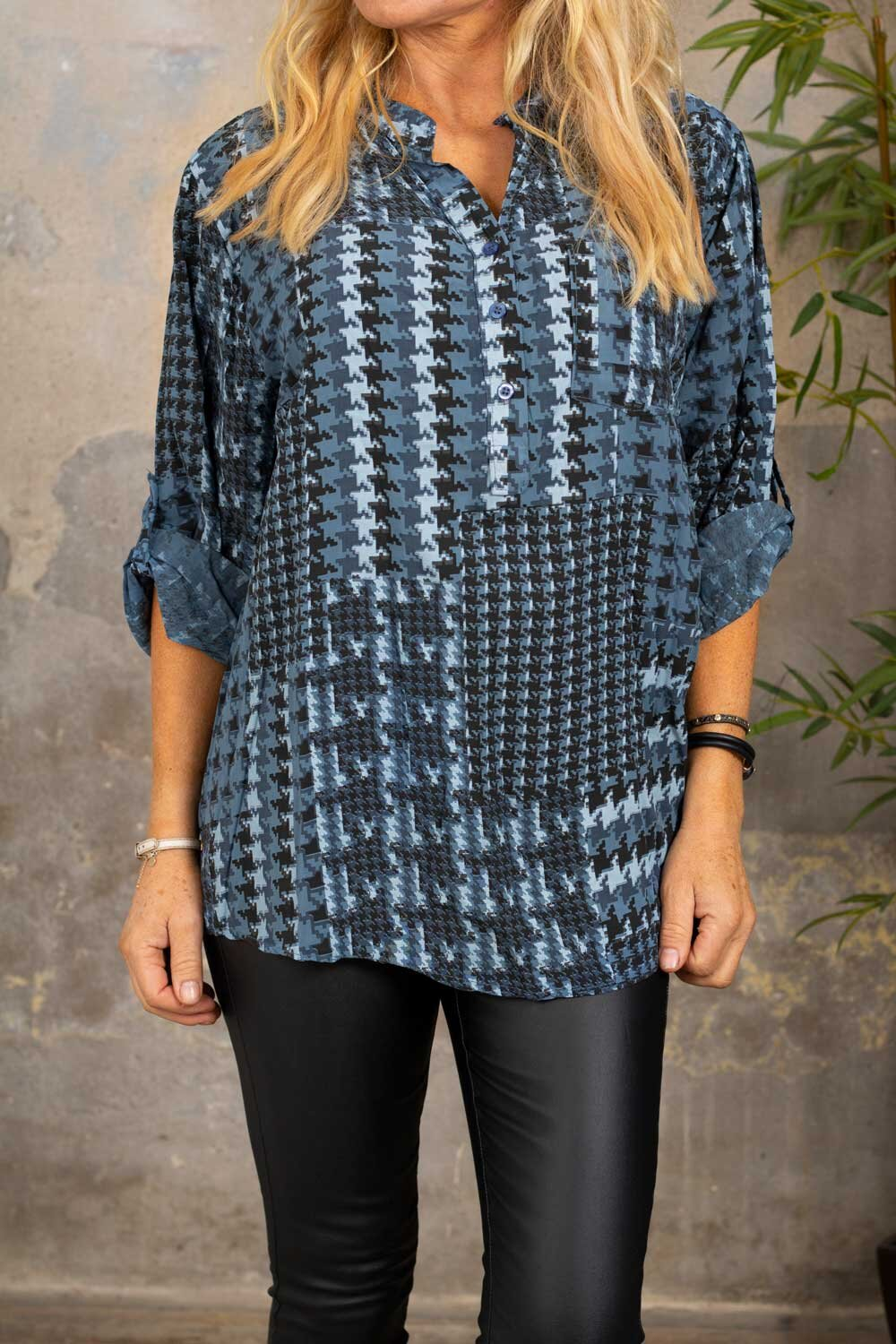 Cora Blouse - Houndstooth - Blue