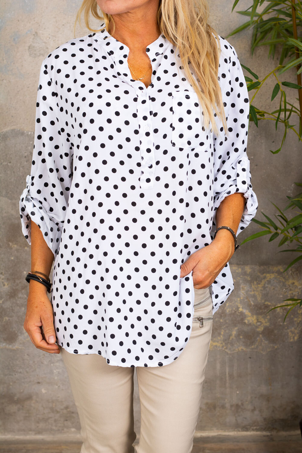 Cora Blouse - Dotted - White