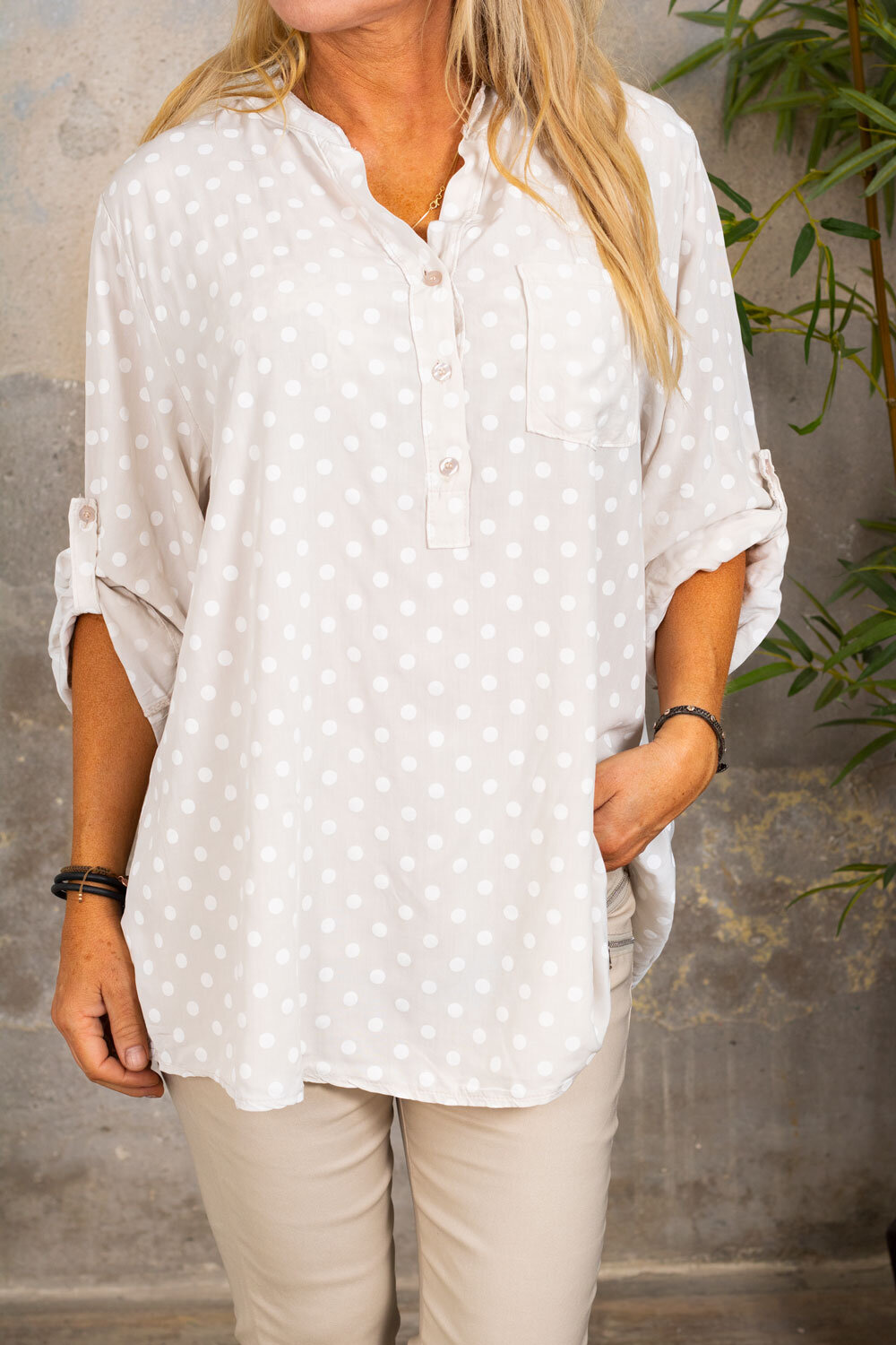 Cora Blouse - Dotted - Beige