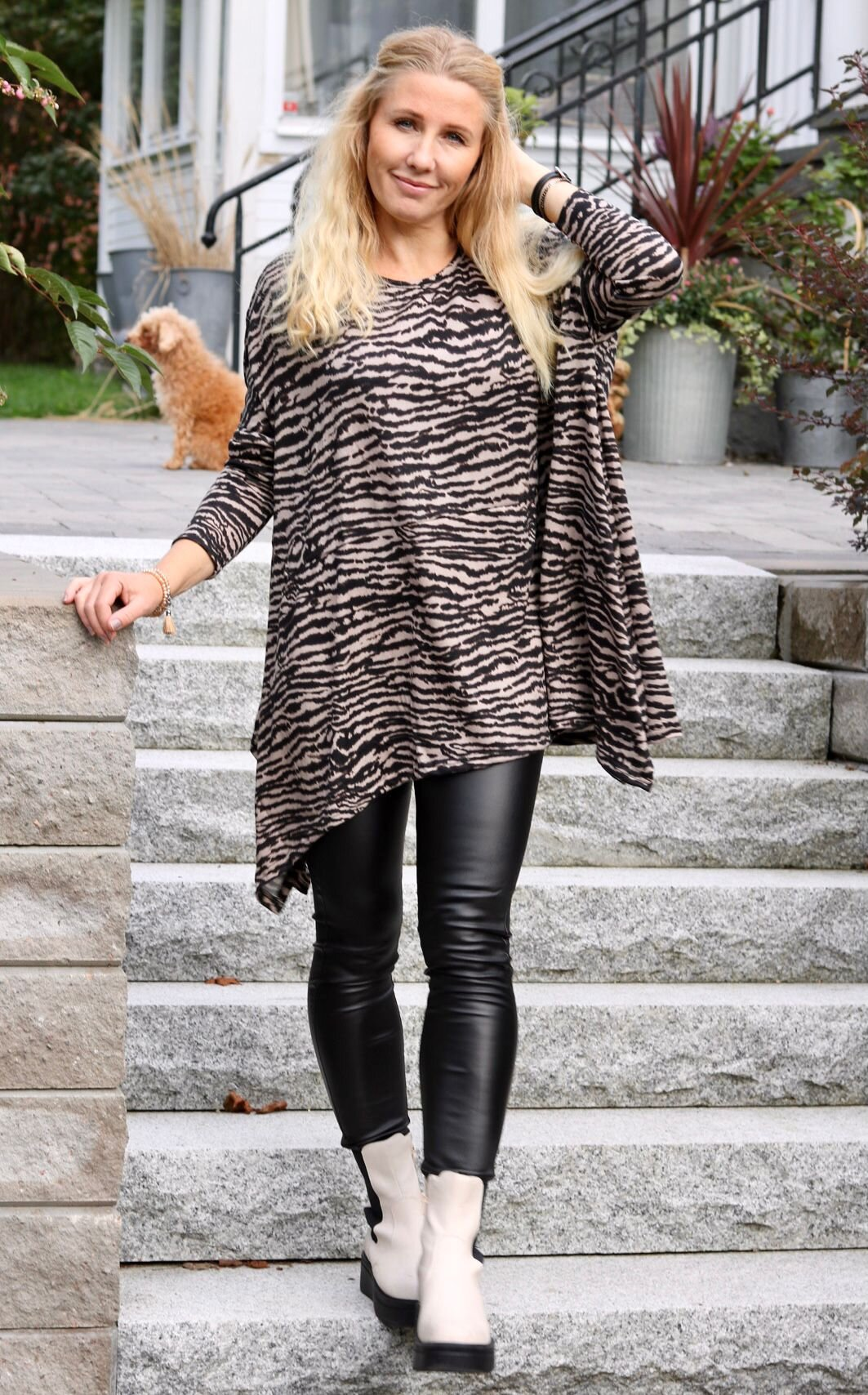 Elicia Oversize Sweater - Zebra -Beige