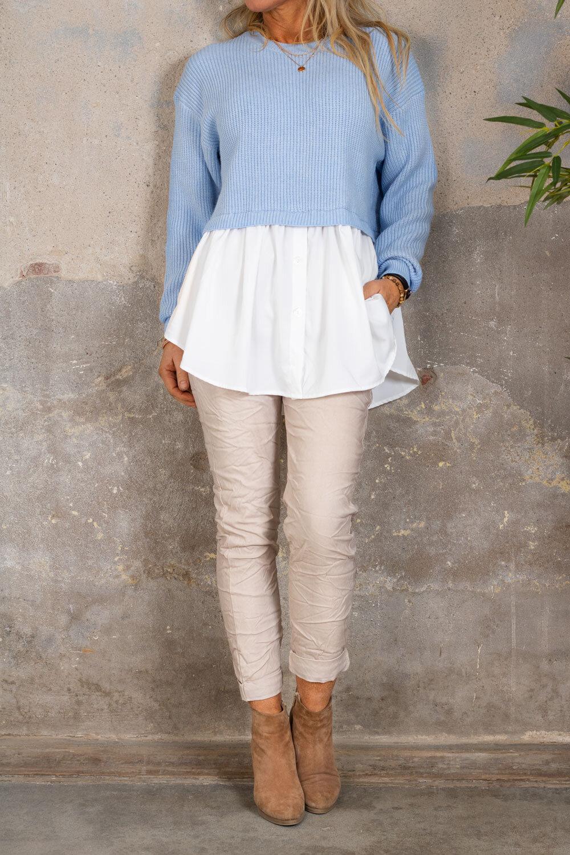 Jenny sweater - Shirt at the bottom - Blue