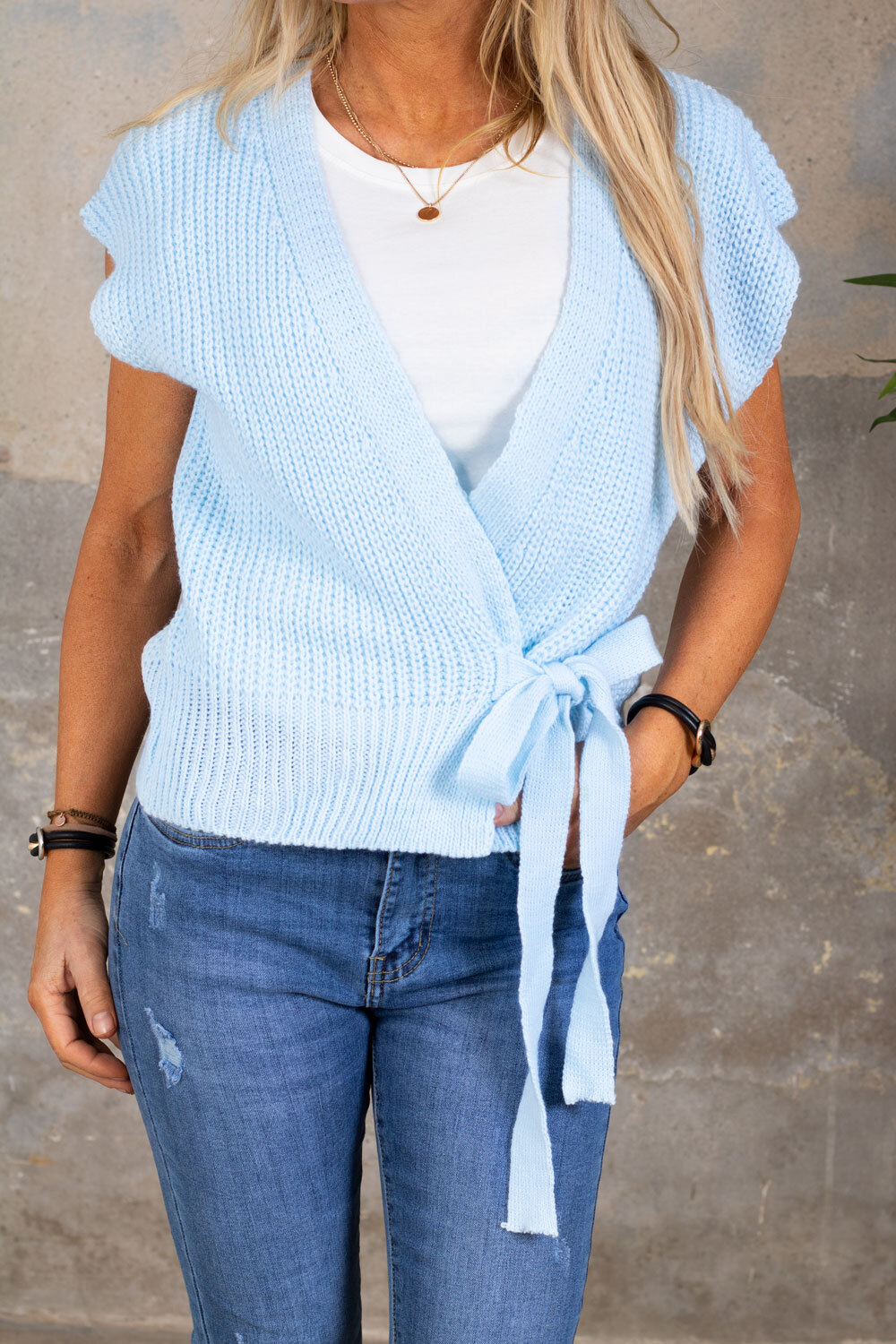 Kendra Knitted vest - Tie - Sky blue