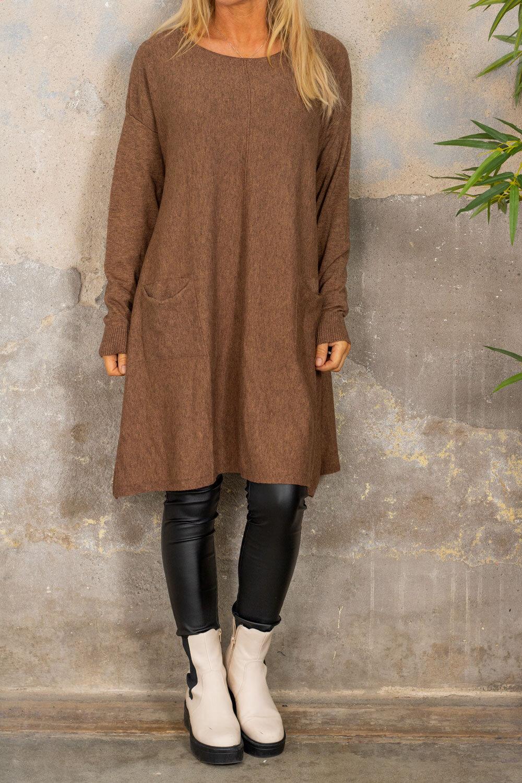 Klara Knitted dress - Pockets - Brown