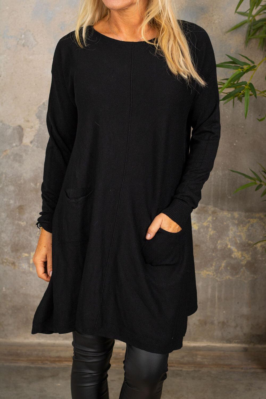 Klara Knitted dress - Pockets - Black