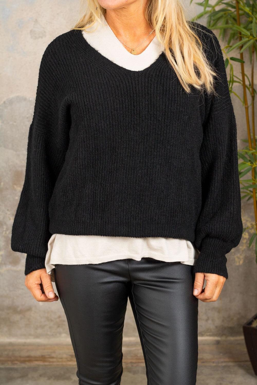 Mira Knitted sweater - Black