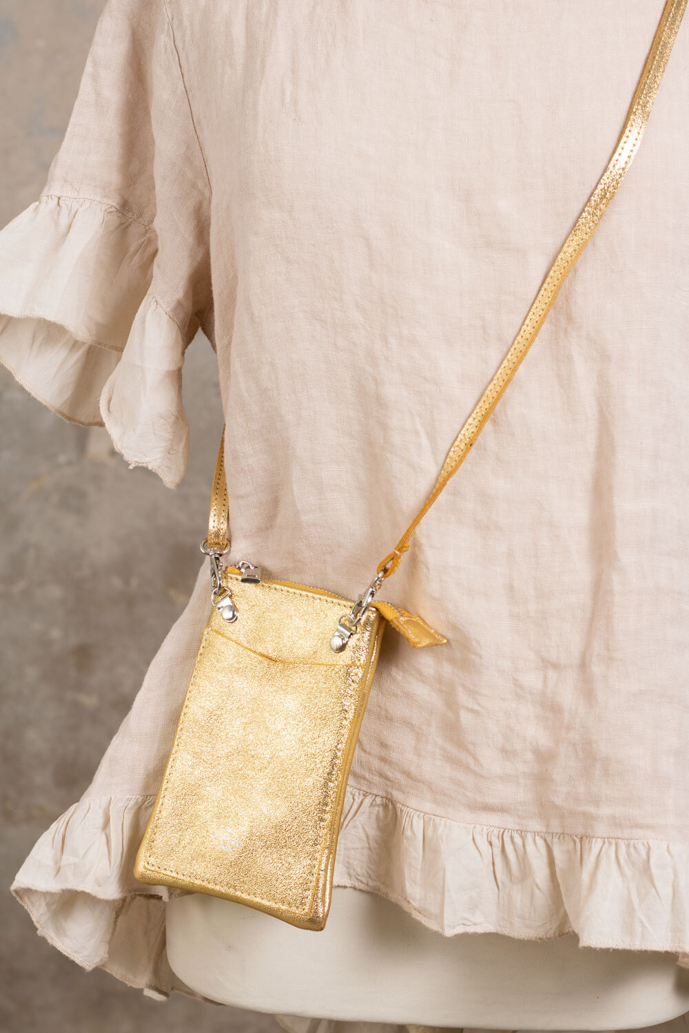 Mobile bag - Gold