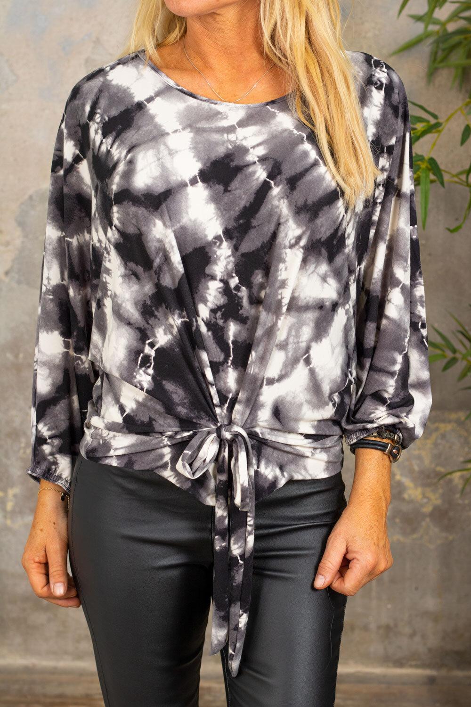 Paula - Batik top - Tie - Gray