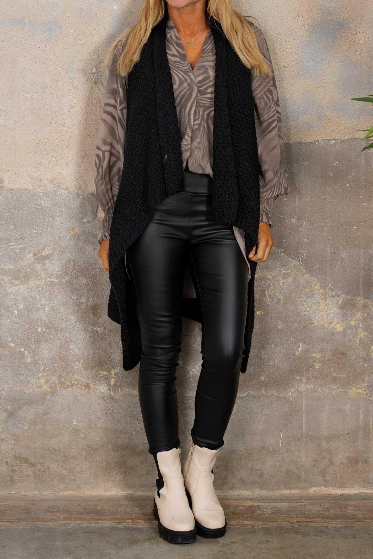 Riley - Moss knitted vest - Black