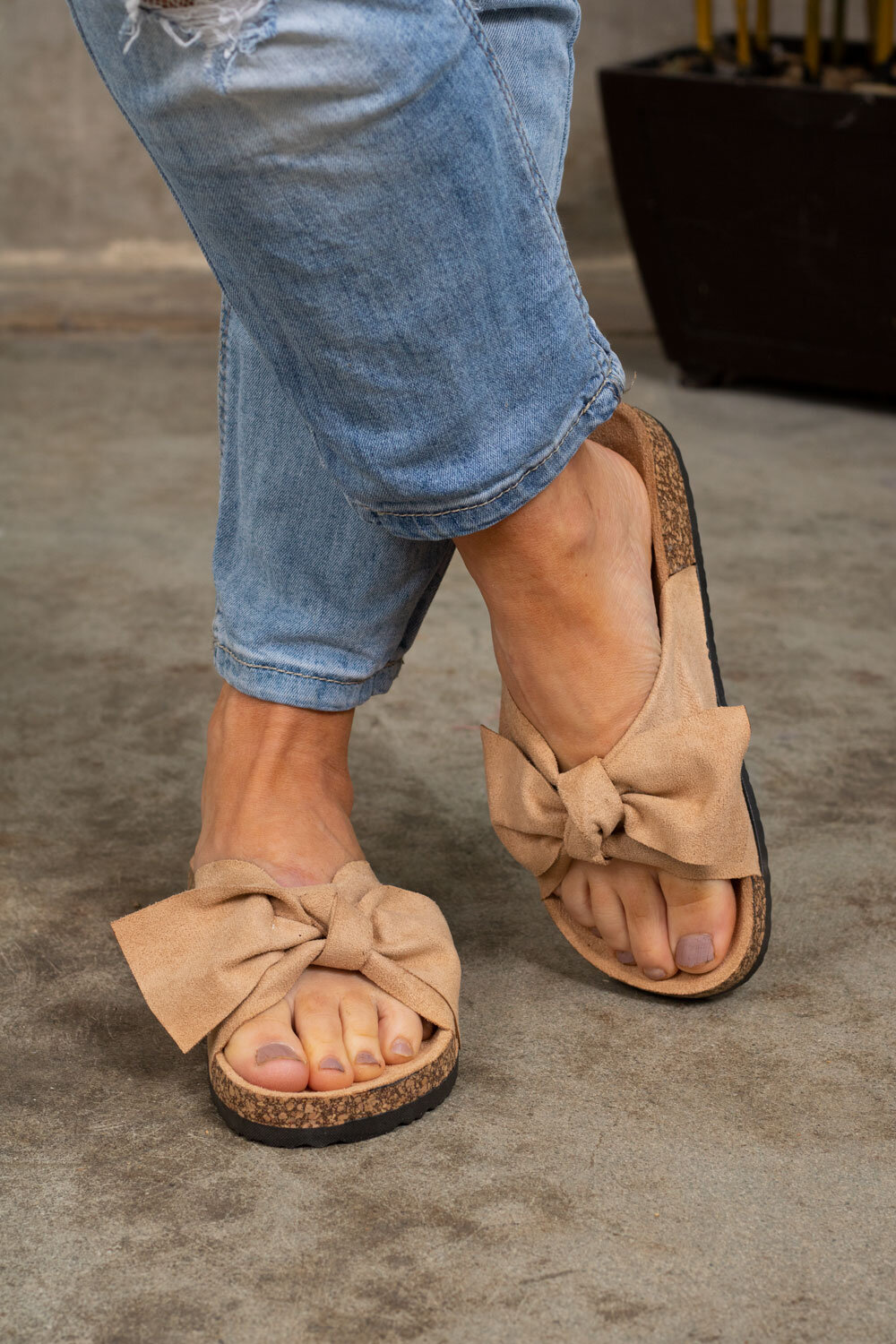 Sandals with Bow - 231 - Beige