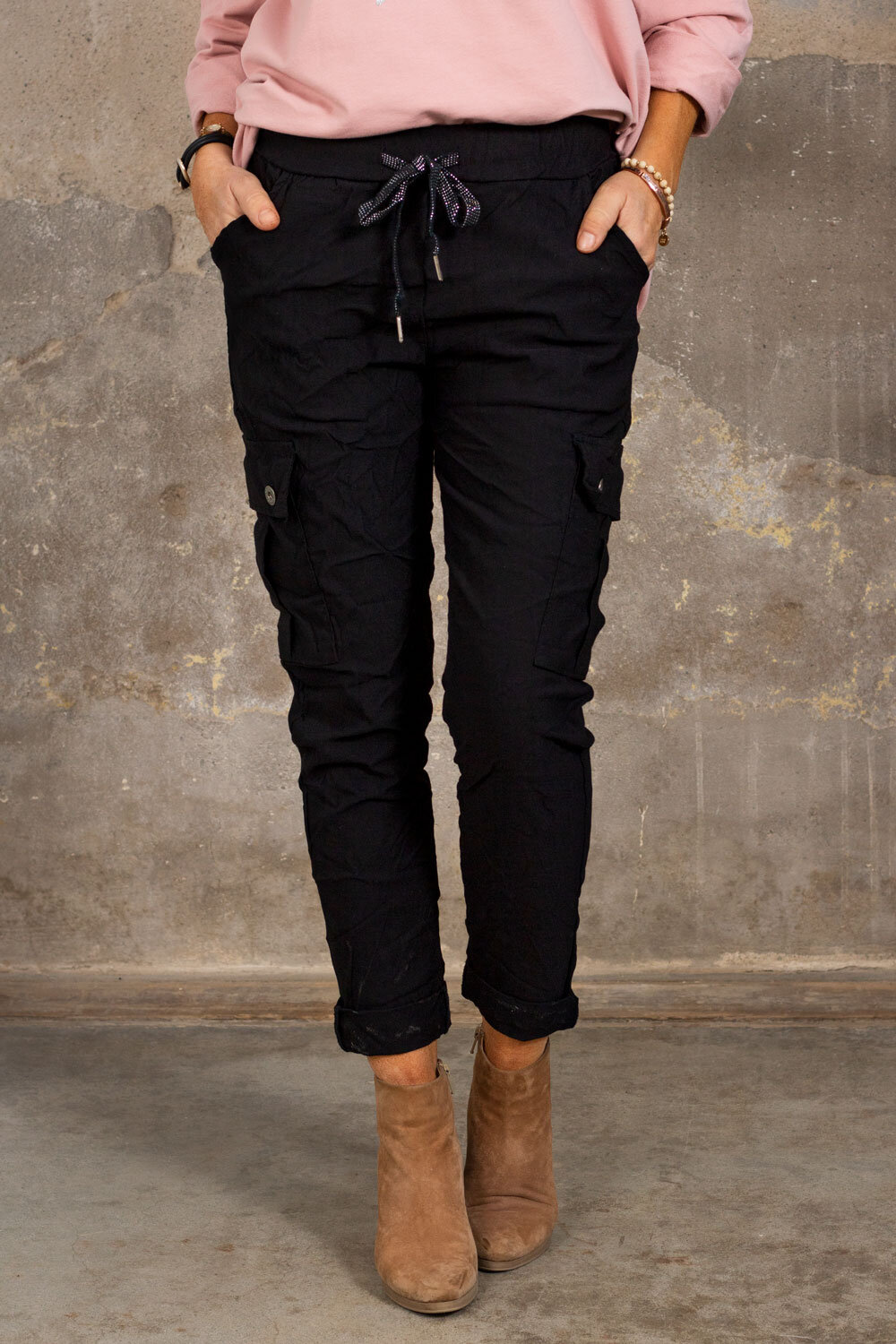 Stretchy Cargo Pants - Black