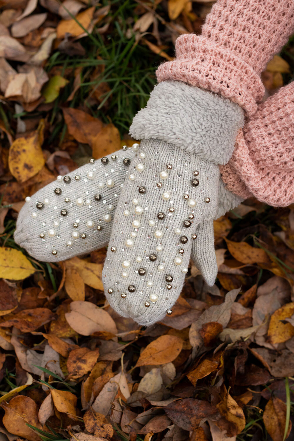 Mittens - Pearls and Bling - Light gray
