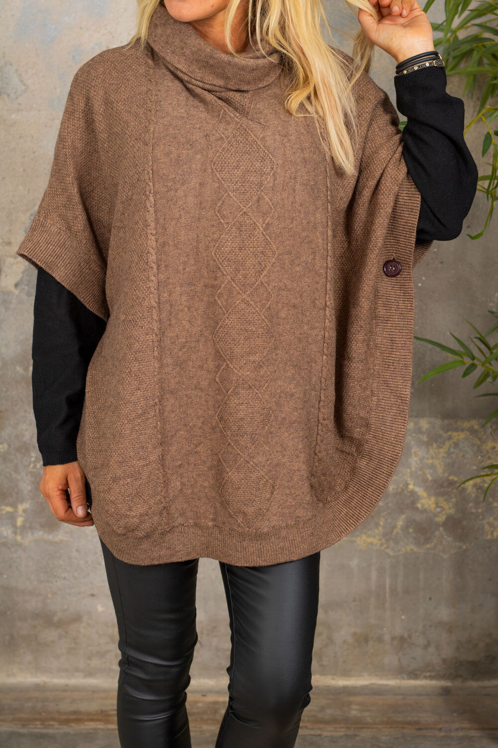Yoselin Knitted Poncho - Polo & Button - Brown