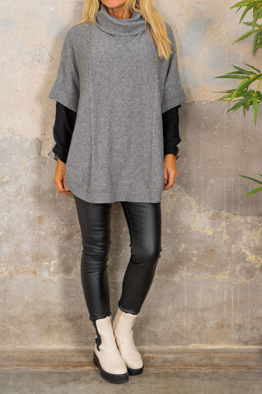 Yoselin Knitted Poncho - Polo & Button - Gray