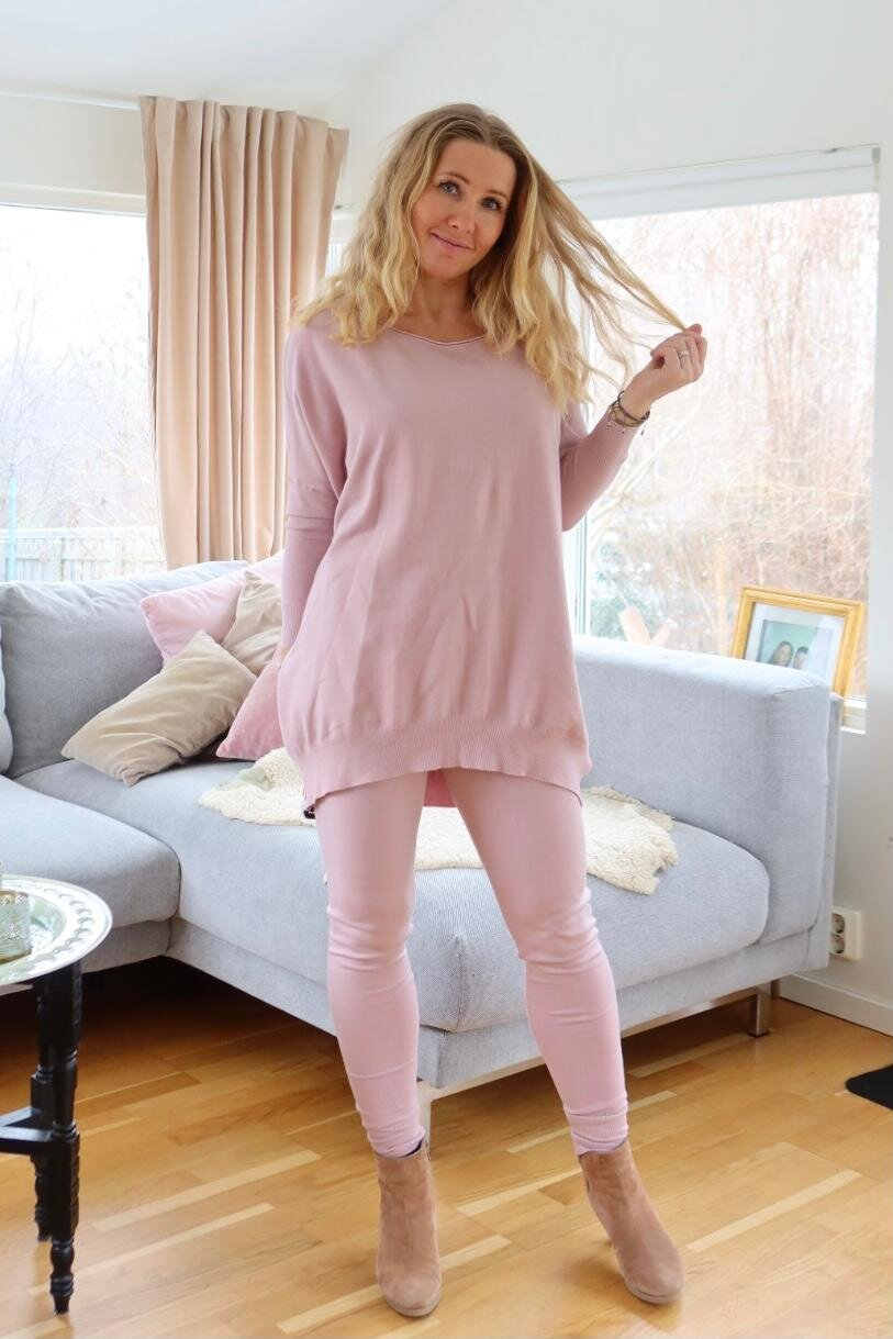 Brittany - Knitted set - Sweater and Trousers - Old pink