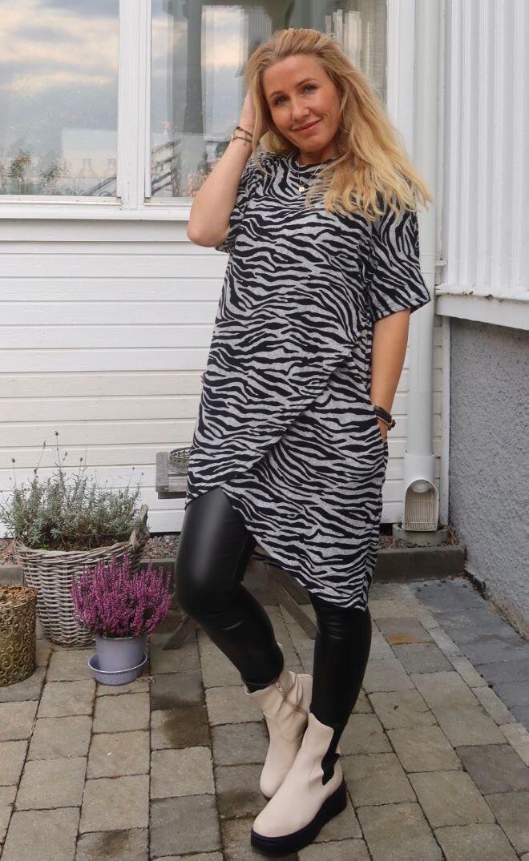 Emma sweater - Zebra patterned & Wrap - Grey
