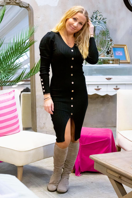 Tamara Knitted dress - Buttons - Black